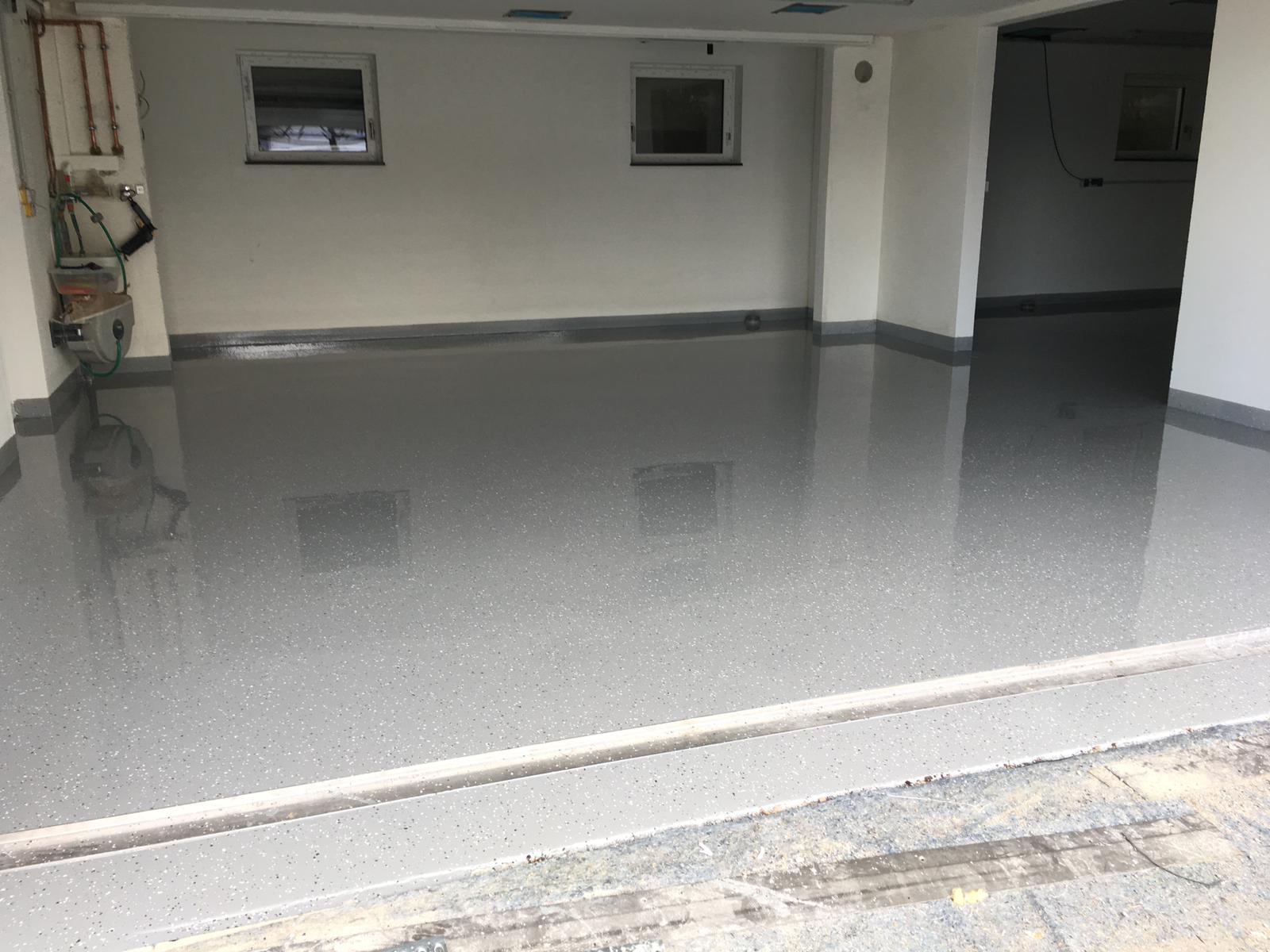 Bodenbeschichtung Garage Estrich