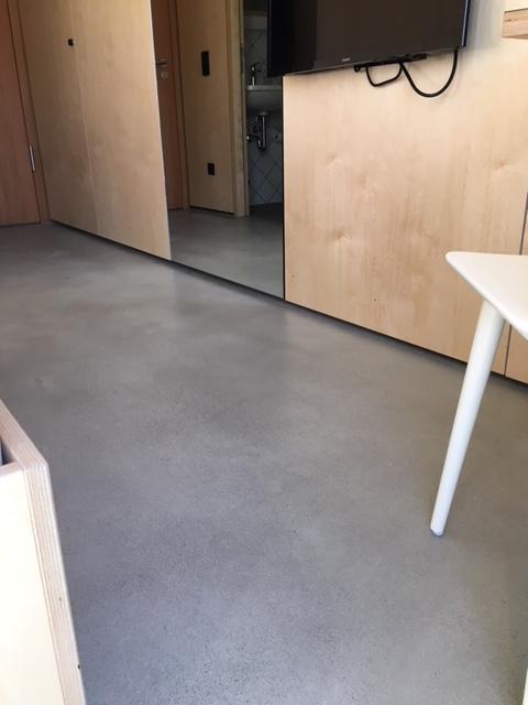 Bodenbeschichtung im Wohnraum RN Estriche